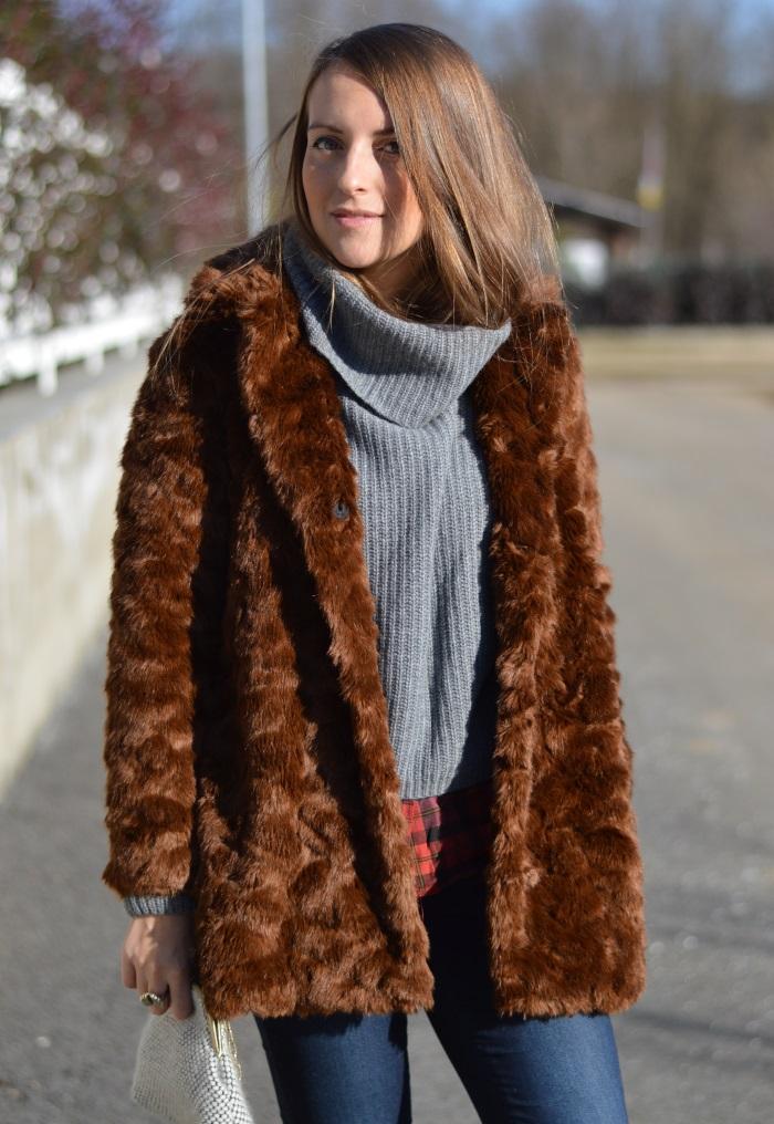 pellicciotto Zara, borsa handmade, saldi, benetton, fashion blog,  (3)