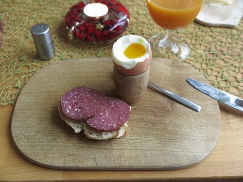 Salami vom Galloway Rind zum Frühstücksei