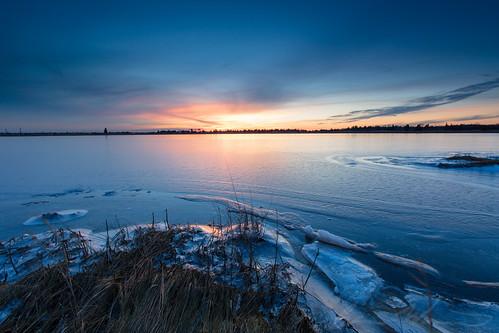 blue winter sunset ice water river newjersey unitedstates bass nj pinelands saltmarsh fujivelvia50 2015 tuckerton burlingtoncounty canon6d vsco bassrivertownship