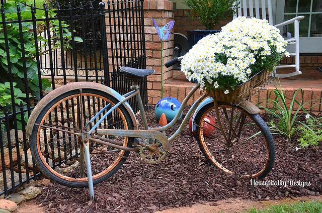 Vintage Schwinn Bicycle-Housepitality Designs