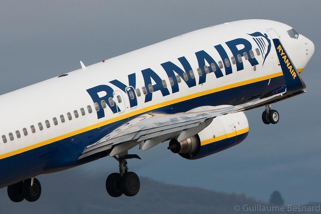 EI-DAM - B738 - Ryanair