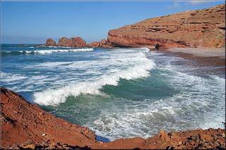 Legzira Plage 295 Metre uzunluğunda plaj görüntü. sea bay waves morocco maroc bucht legzira