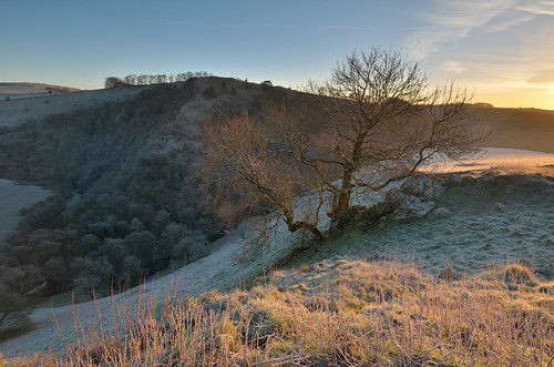 winter frost peakdistrict staffordshire whitepeak peakdistrictnationalpark derbyshirestaffordshireborder alstonefield walkinginstaffordshire