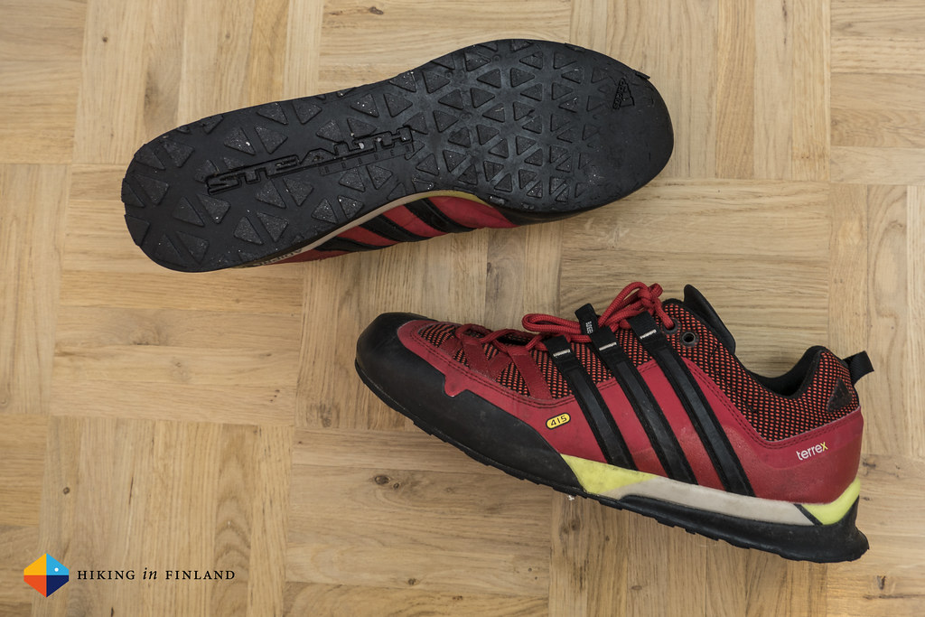 adidas Terrex Solo Stealth approach 395