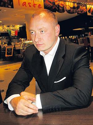 Илья Неснов