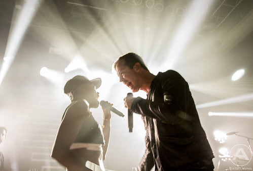 Michael and Noelle of Fitz and the Tantrums