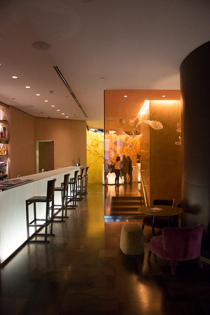 Bar in Lobby