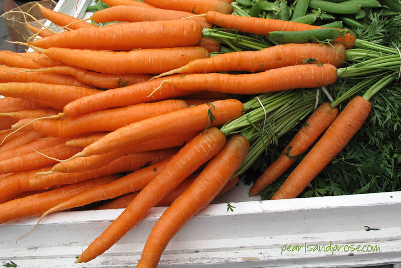 helsin_mkt_carrots_web