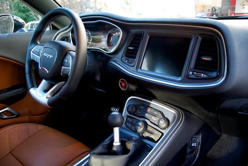 enjoy - 2015 Dodge Challenger Srt Hellcat Sepia Laguna Leather