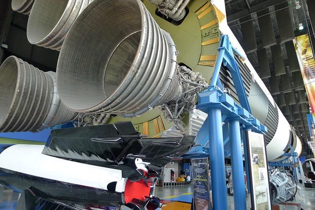 Aggregat 4 & Saturn V