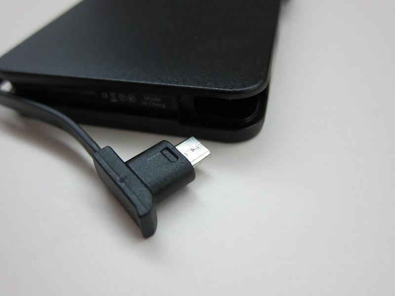 TYLT Energi 5k+ Battery Pack - Micro USB End