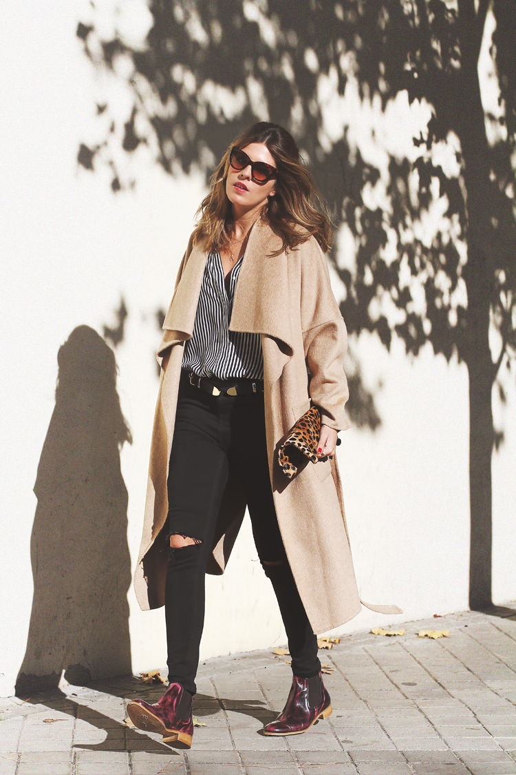 camel-coat-chelsea-boots-street-style-3