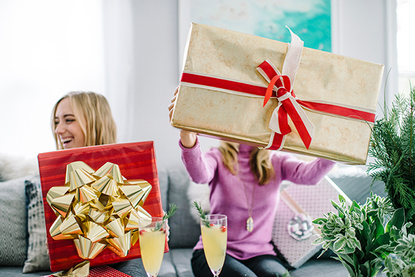 eatsleepwear, ecco-domani, prosecco, gift-wrap, holiday, 14