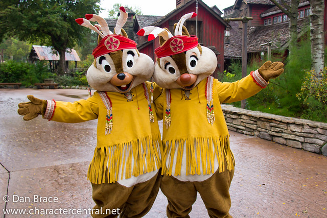 Meeting Chip 'n' Dale