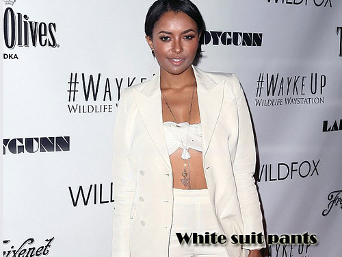 White suit pants with a white bandeau top : How to wear