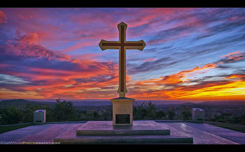 birthday christmas school sunset sky colorful peace christ cross sandiego god birth christian highschool bible christianity happyholidays merrychristmas brilliant peaceonearth scriptures jesuschrist resurrection materdei chulavista christiancross samantoniophotography christmas2014