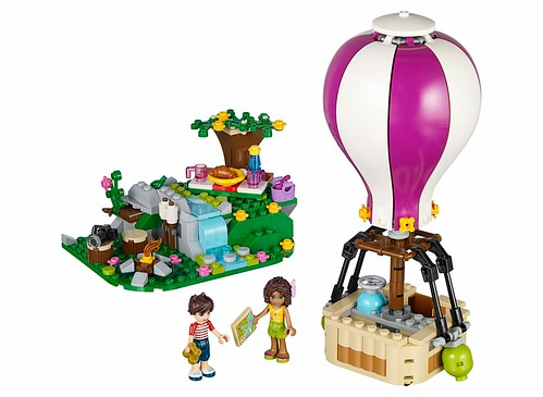 LEGO Firnds 41097 Heartlake Hot Air Balloon 01