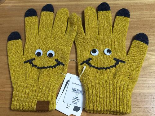 メダマのついたスマホ対応の手袋