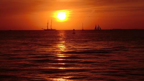 ocean sunset usa keys florida crusing