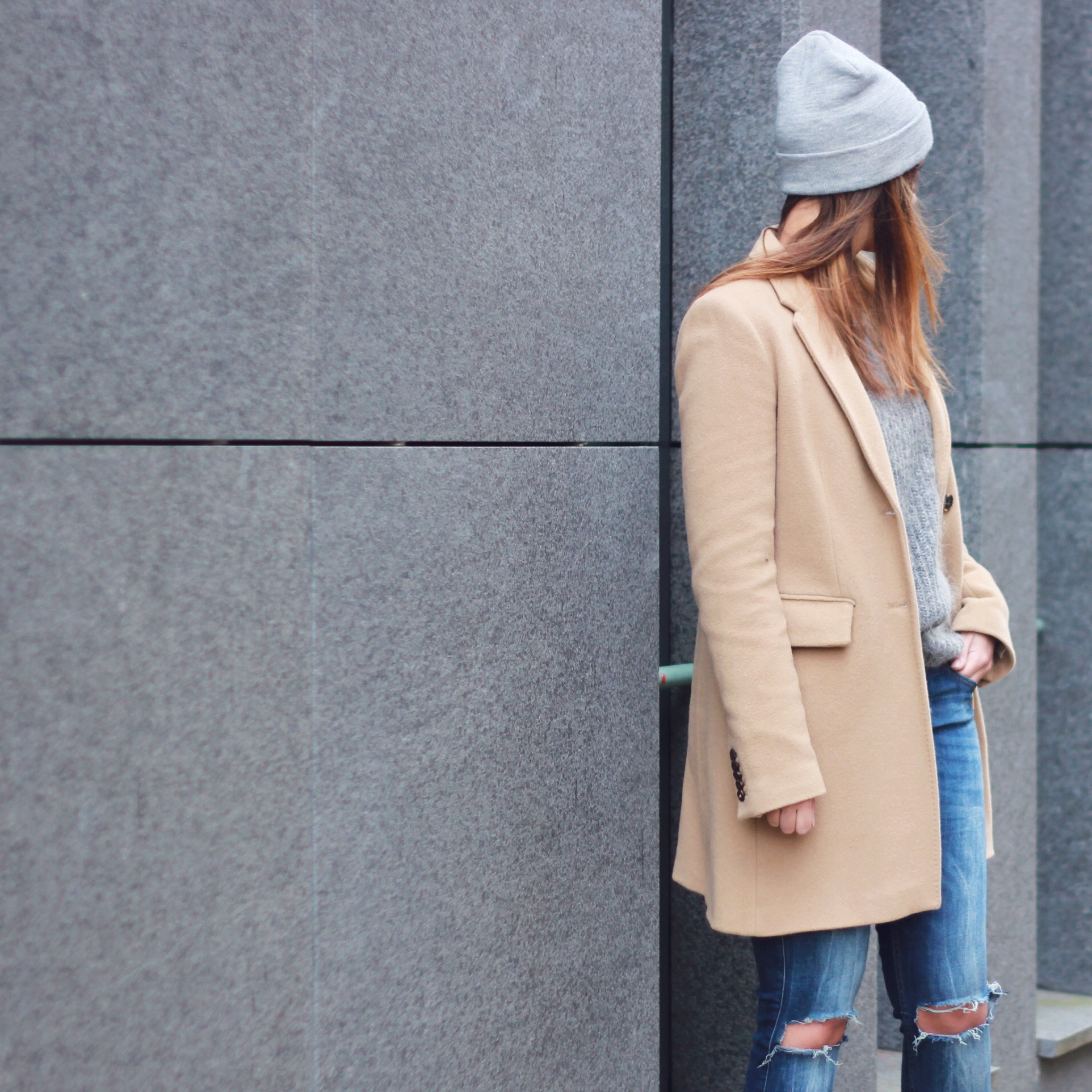 Camel-grey-trend-outfit-inspiration