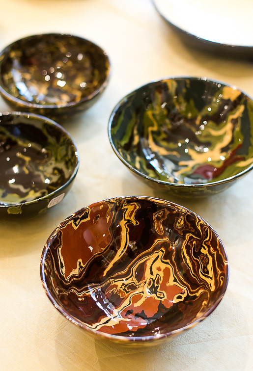 Tuile plates and bowls