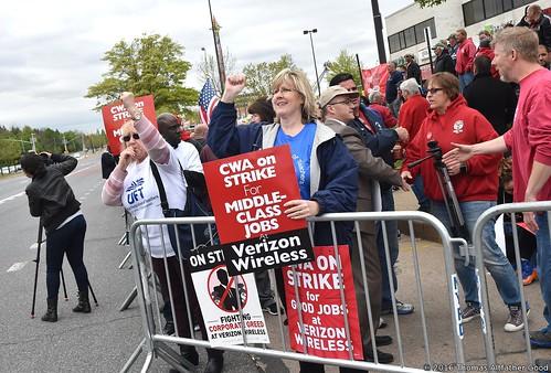 CWA On Strike (1)