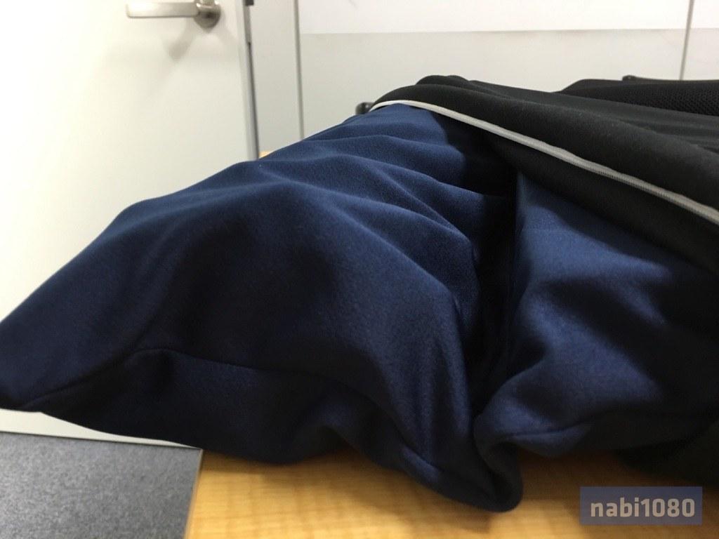 スマホ枕01