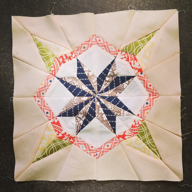 100% complete after 4x ripping out the middle. F paper piecing star centers. That's just as good as it's going to get. This is why I don't show quilts, I don't have the patience for perfection. Improv is way more my style. #mplsmqg #luckystarsbom