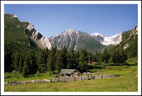 montana guestranch montanarockies livingstonmontana absarokarange epsonv500 63ranch sixtythreeranch