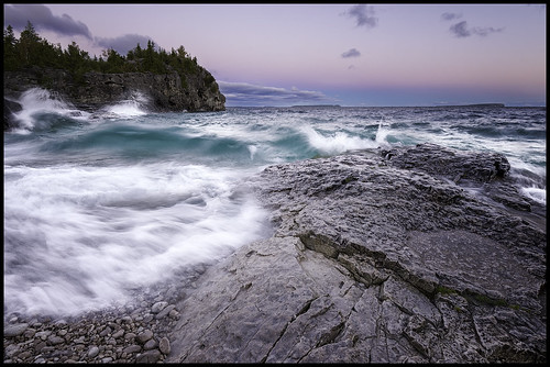 longexposure cliff water sunrise waves georgianbay shore brucepeninsula brucetrail indianheadcove