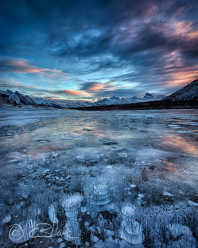 winter canada ice landscape frozen bubbles alberta hdr abrahamlake kootenayplains canon6d tse24mmf35lii