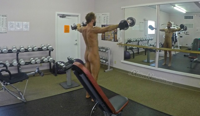 naturist gym 0000 DeAnza resort California, USA