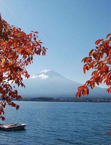 ★紅葉と富士山★河口湖から・・・