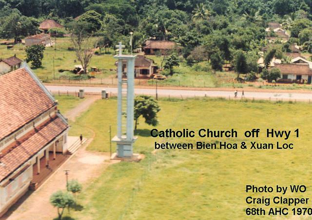 Nhà thờ cạnh QL1, giữa Biên Hòa & Xuân Lộc - Photo by Craig Clapper