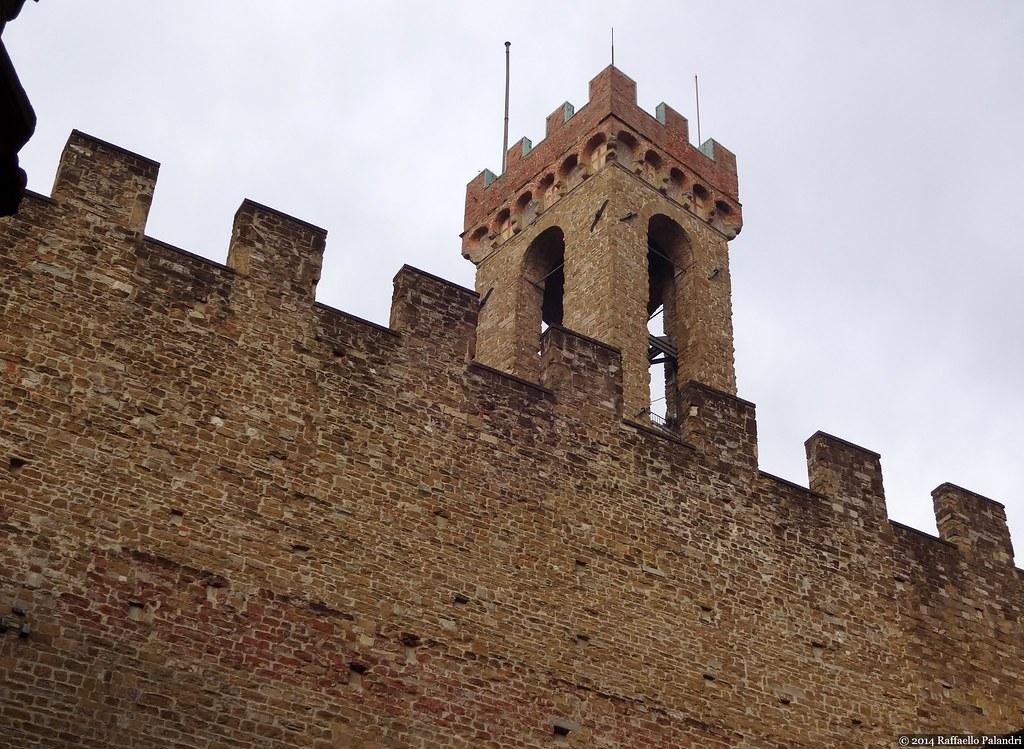 Torre Volognana - Bargello by rpalandri