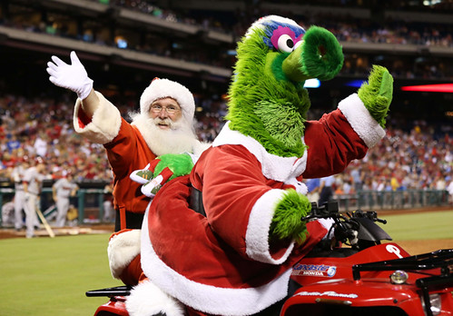 usp-phillie-phanatic-santa_0