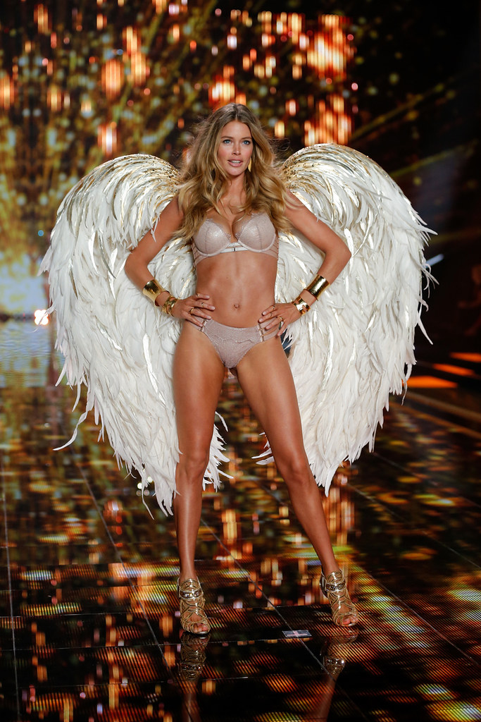 VS Fashion Show 14