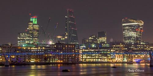 bridge london thames night reflections dark lights millennium explore