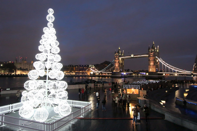 "Tower Bridge at Christmas | Explore Sheep""R""Us' ph ..."
