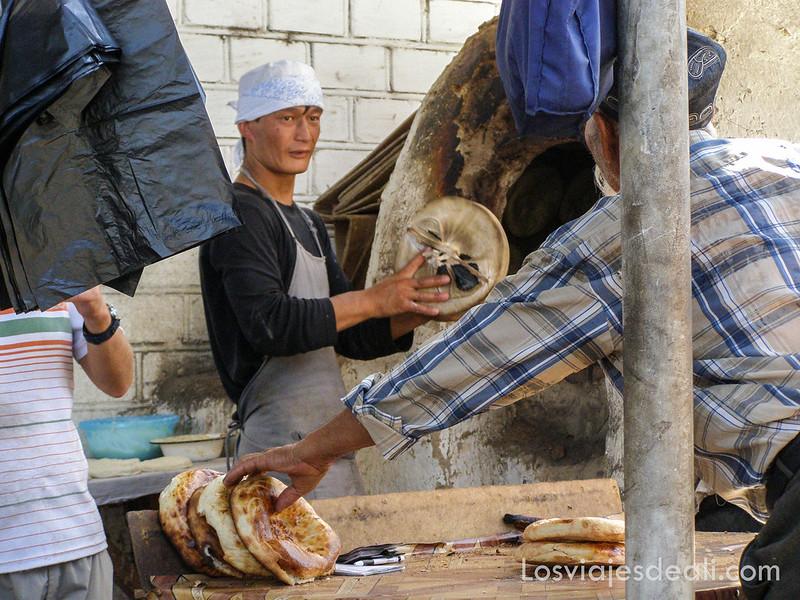 valle de fergana panadería en Osh