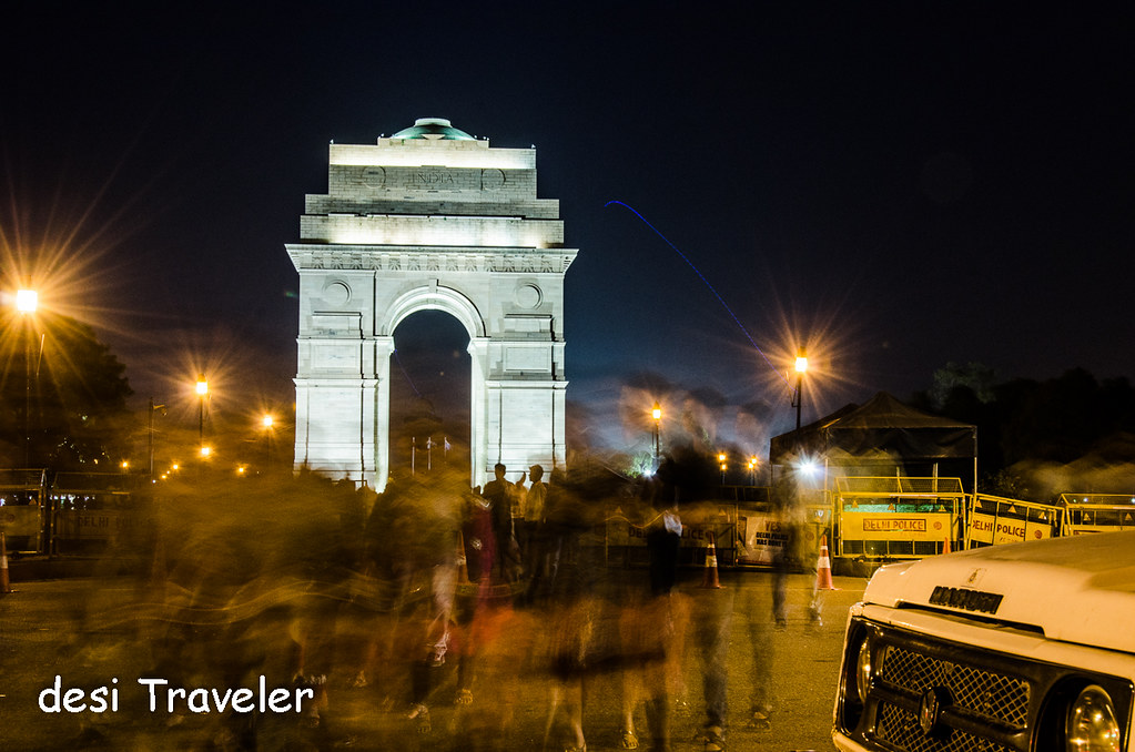 India Gate People evening walk