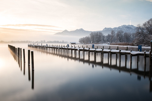 winter light snow mountains reflection fog sunrise 35mm canon germany bayern dawn jetty cottage sigma clear chiemsee prien 6d kampenwand sigma35mmf14dghsm