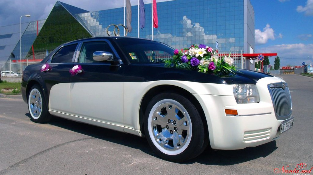 Limos.md + Cadillac Escalade > Фото из галереи `Главная`