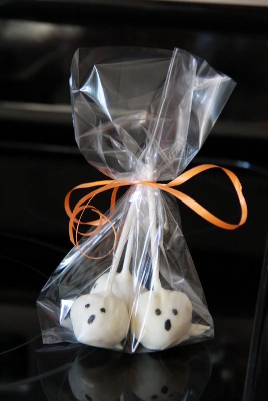 ghost cake pops (6)