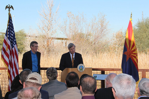 Patrick Graham, State Director, The Nature Conservancy in Arizona (left) and Agriculture Secretary Tom Vilsack on Wednesday near Phoenix.