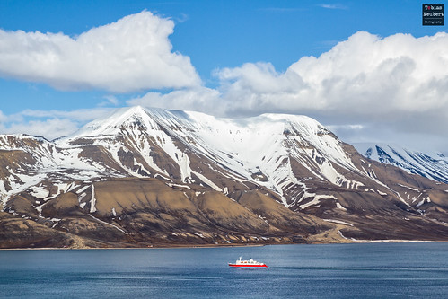 schnee snow mountains canon ship svalbard arctic berge 7d 70200 schiff spitsbergen spitzbergen 2014 canon70200 arcticocean canonef70200mmf28lusm canon70200mm arktis polarmeer eos7d canoneos7d arktischerozean