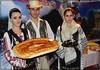 Folkloric traditions: Bread, Salt and Plum Brandy / Pâine, sare  si tuica