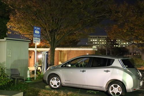 門司港レトロ駐車場 電気自動車充電器