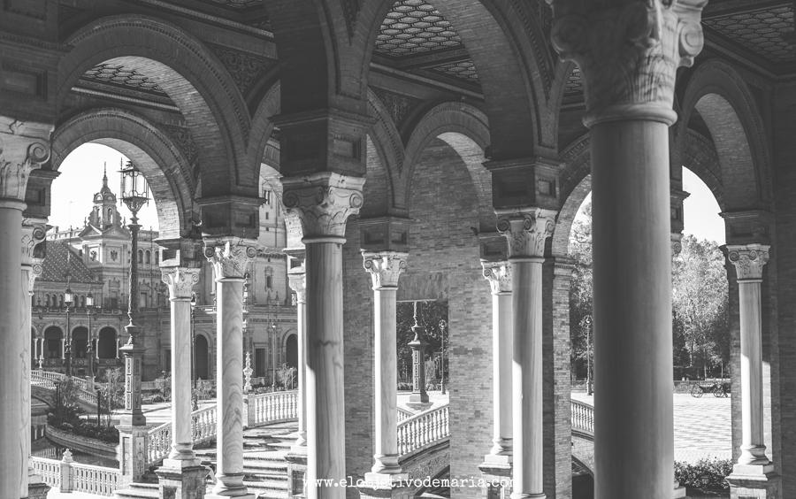 Columnas en plaza de España, Sevilla