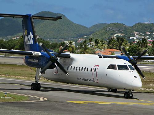 Aircraft (DH8C) silhouette